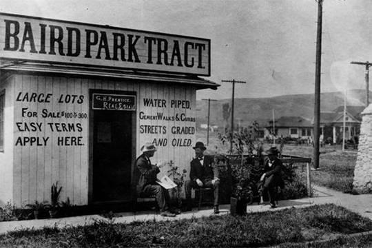 1905 California