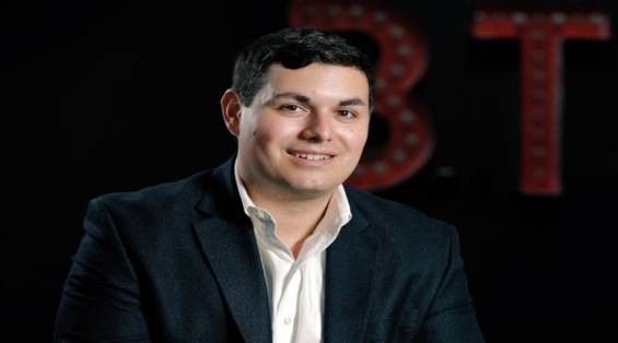 Teknoloji İle Yılda 100 Milyon Dolarlık Büyüme Gösteren Emlak Ekibinin Başarısı