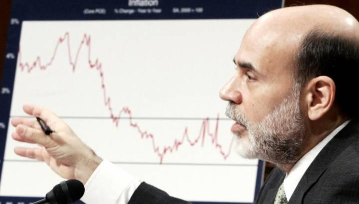 """2008 Krizinin Beceriksiz İsmi Bernanke'den """"Karar Alma Cesareti"""" Kitabı Çıktı"""